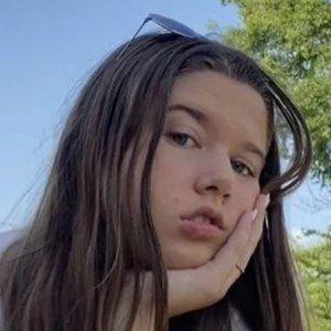 Vivian Shea Headshot 2 of 10