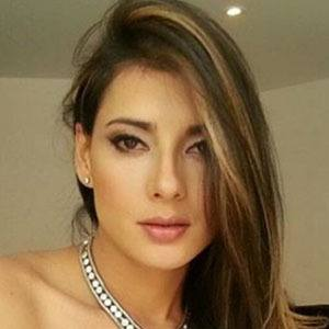 Viviana Castrillon 3 of 6