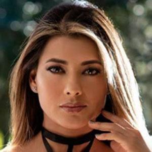 Viviana Castrillon 6 of 6