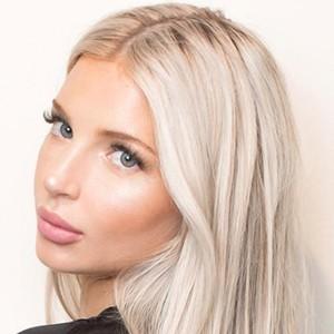 Viviana Volpicelli 6 of 6