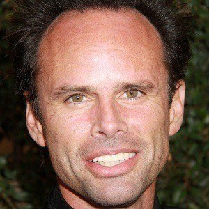 Walton Goggins 2 of 5