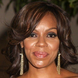 Wendy Raquel Robinson 6 of 10