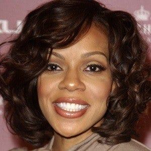 Wendy Raquel Robinson 7 of 10
