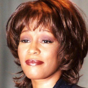 Whitney Houston 5 of 10