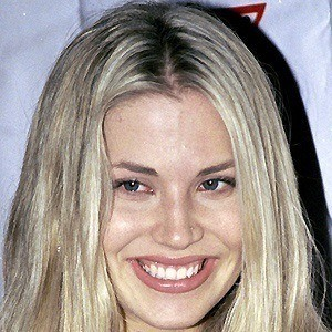 Willa Ford 5 of 5