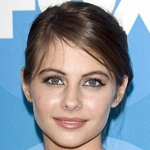 Willa Holland 5 of 8