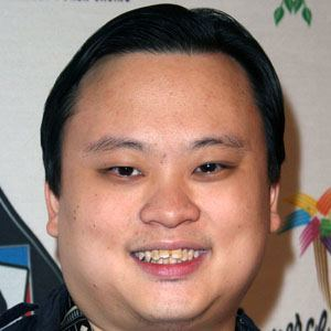 William Hung Christmas Theme Park Pro 4k Wallpapers