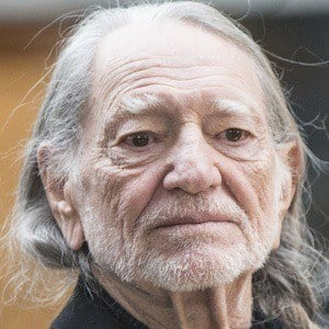 Willie Nelson - Bio, Facts, Family | Famous Birthdays
