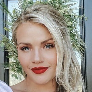 Witney Carson 7 of 10