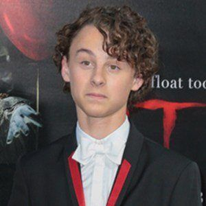 Wyatt Oleff 5 of 6