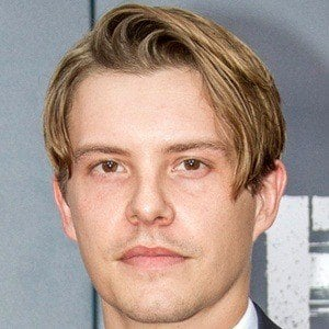 Xavier Samuel 6 of 9