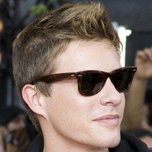 Xavier Samuel 8 of 9
