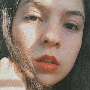 Ximena Martínez 4 of 10