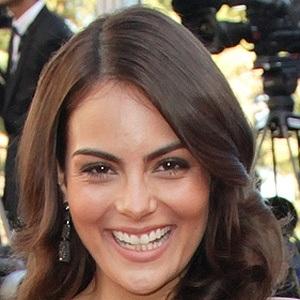 Ximena Navarrete 7 of 8