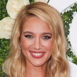 Yael Grobglas 5 of 5
