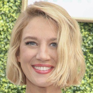 Yael Grobglas 7 of 8