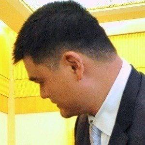 Yao Ming 2 of 2