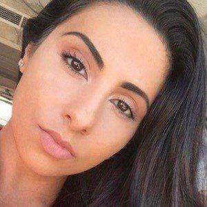 Yasmin Kavari 3 of 10