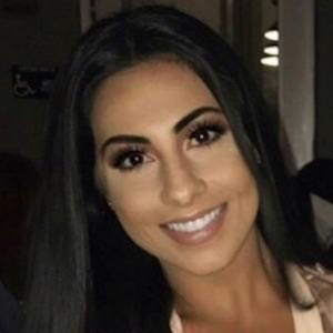 Yasmin Kavari 4 of 10