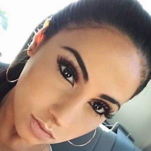 Yasmin Kavari 6 of 10