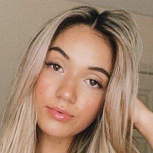 Yasmine Bateman 5 of 7