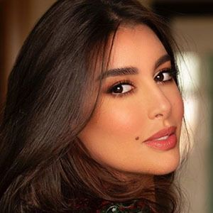 Yasmine Sabri 3 of 5