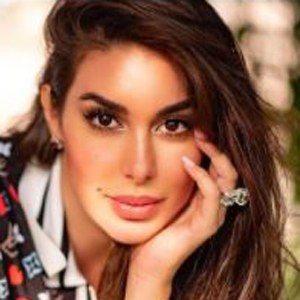 Yasmine Sabri 7 of 10