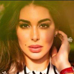 Yasmine Sabri 8 of 10