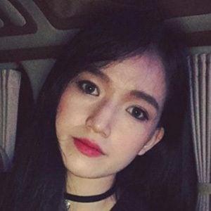 Yeji Kim 3 of 5