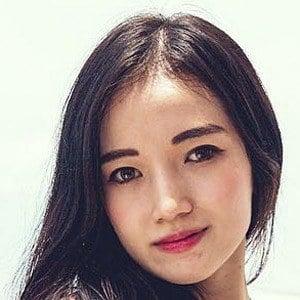 Yeji Kim 6 of 10