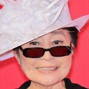 Yoko Ono 4 of 8