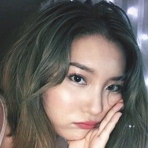 Yoora Jung 3 of 4