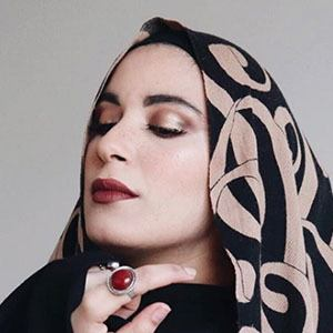 Yousra Caramilla 2 of 5
