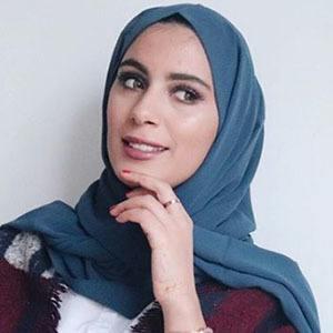 Yousra Caramilla 3 of 5
