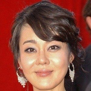 Yunjin Kim 3 of 3