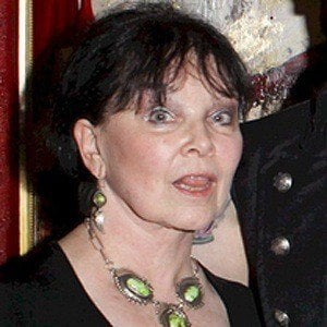 Yvonne Craig 3 of 4