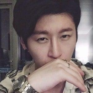 Zach Choi 2 of 4