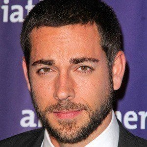 Zachary Levi 2 of 10