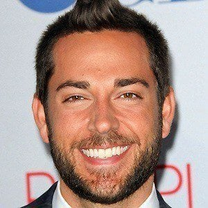 Zachary Levi 3 of 10