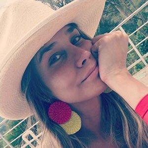 Zahira Benavides 2 of 5