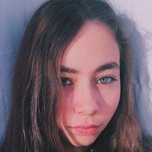 Zeynep Bostanci 2 of 8