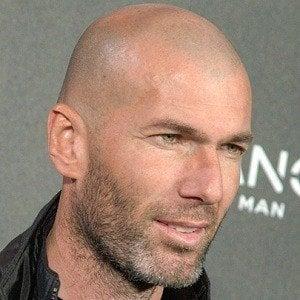 Zinedine Zidane 2 of 6