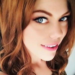 Zoe Alexander 4 of 6