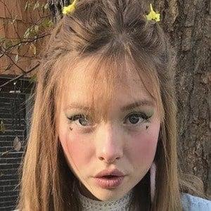 Zoe Colletti 2 of 10
