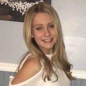 Zoe Hunter 4 of 10