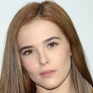 Zoey Deutch 3 of 10