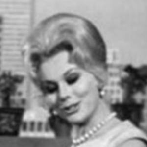 Zsa Zsa Gabor 9 of 10
