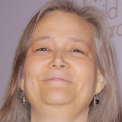 Amy Hennig