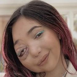 Nikki Lilly