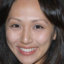 linda sue park biography